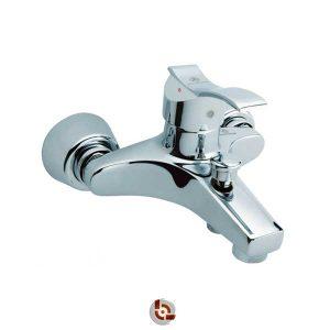 شیر حمام قهرمان آبشار
